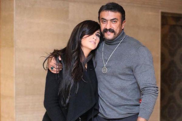 الفنانة ياسمين عبدالعزيز وأحمد العوضي في اللي ملوش كبير