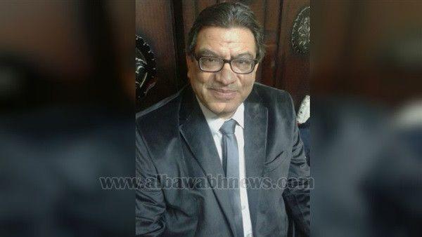 عماد مخيمر عميد كلية الآداب بجامعة حلوان