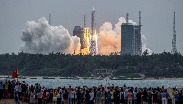 موعد سقوط الصاروخ الصيني على الأرض