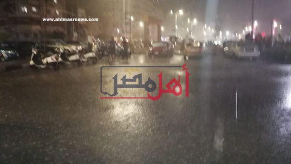 سقوط الامطار على مدينة بورسعيد