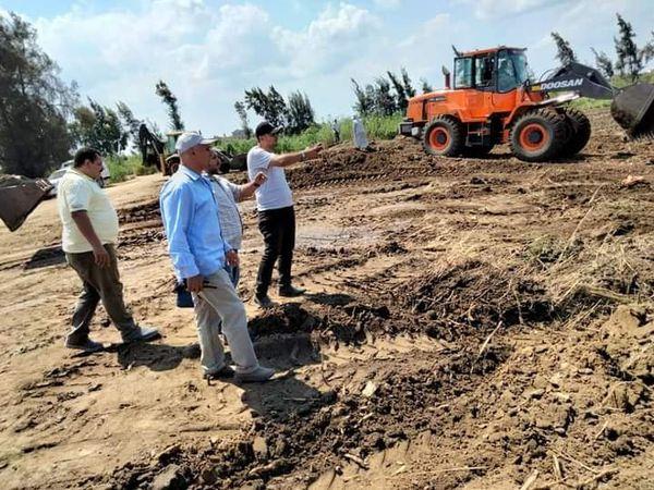 ٥٠ حالة إزالة ضمن حملة لإزالة التعديات علي أملاك الدولة والأرض الزراعيه بمدينة  الحامول