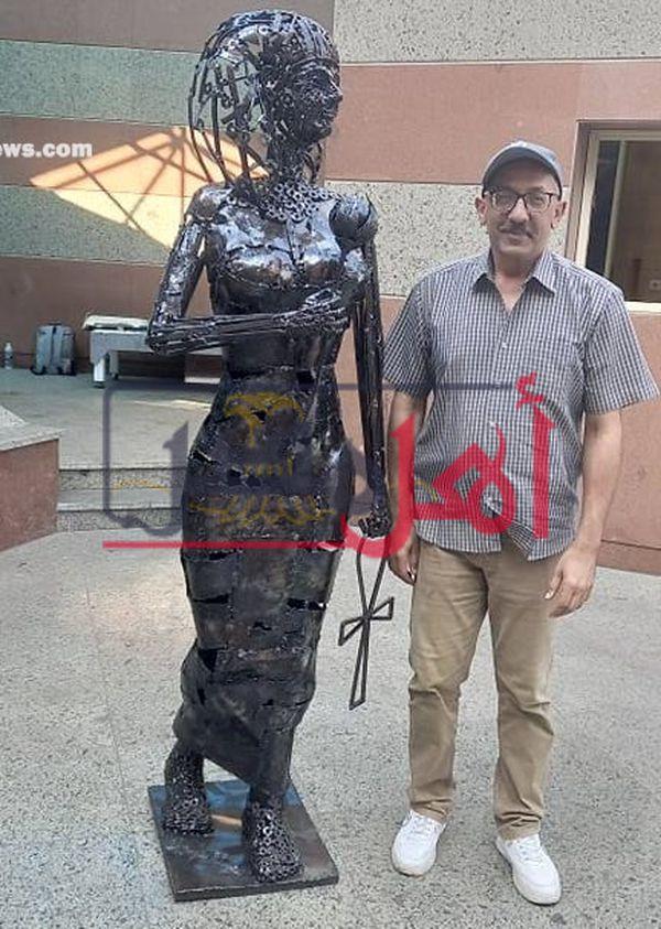 تمثال المرأة مفتاح الحياة