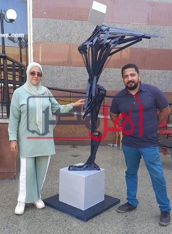 تمثال جناح المرأة