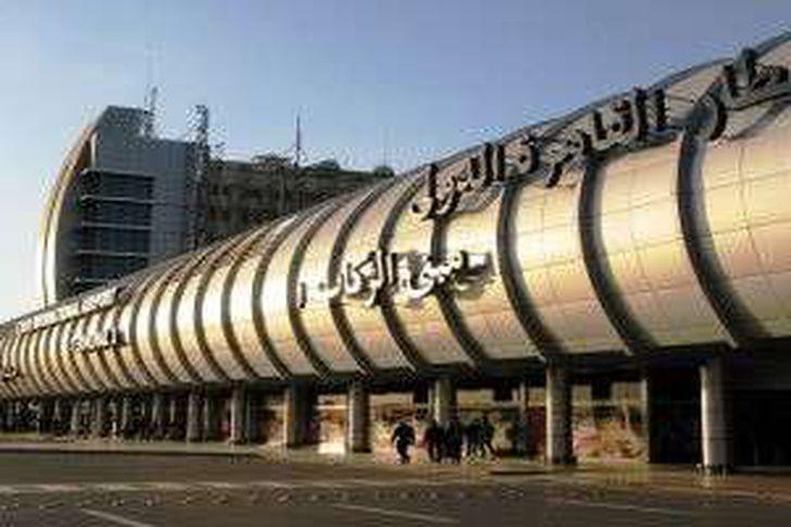 جمارك مطار القاهرة تضبط محاولة تهريب عدد من بوردات الريسيفر