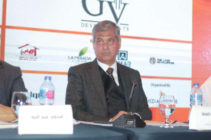 هشام أبو العطا، رئيس مجلس إدارة الشركة القابضة للتشييد والتعمير