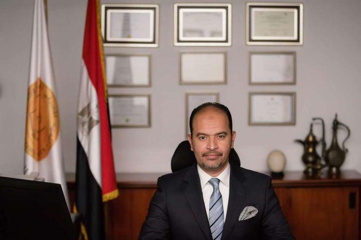 رئيس المعهد المصرفي عبد العزيز نصير