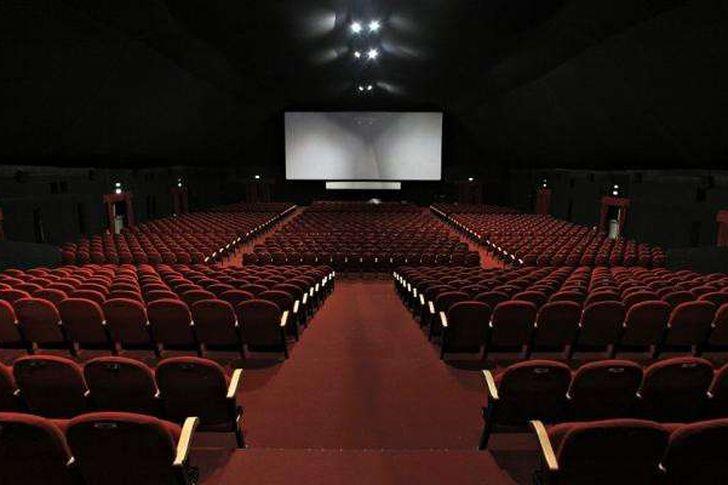 اجراءات وضوابط عودة السينما