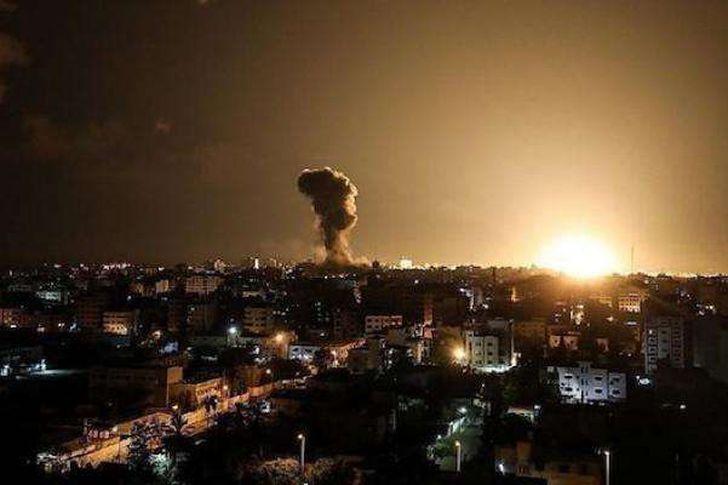 هجوم علي سوريا