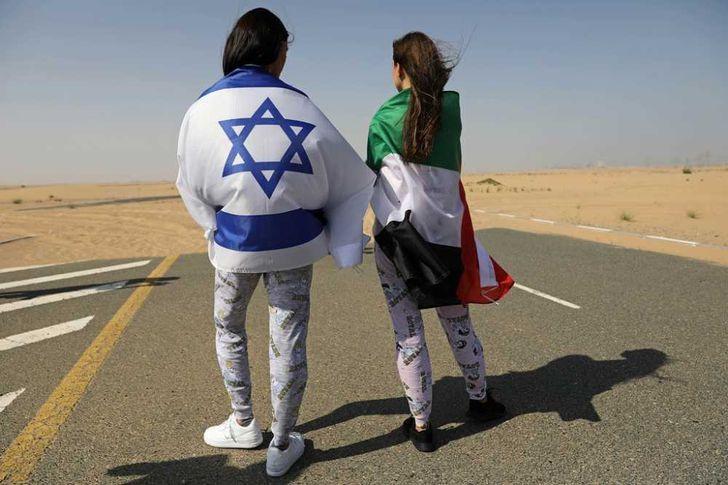 عارضة الازياء الاسرائيلية ماي تاجر