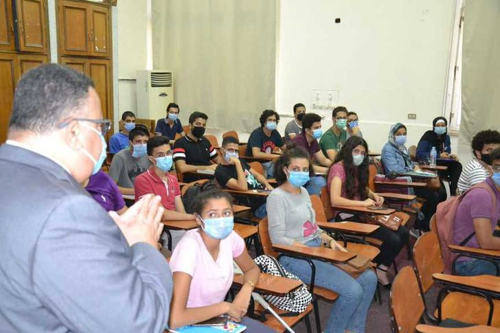 أول يوم دراسة بجامعة الإسكندرية