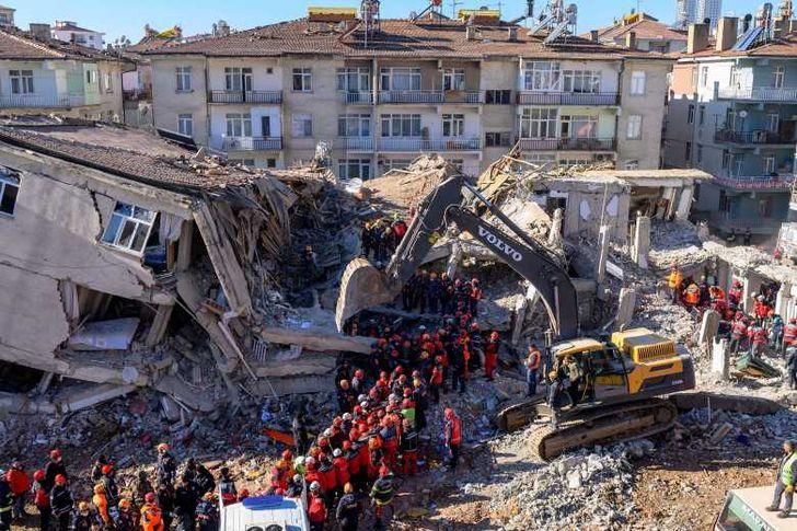 زلزال.. أرشيفية