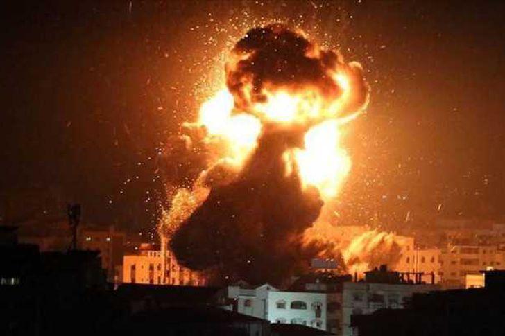 سانا: إسرائيل تقصف مواقع تابعة للجيش السوري في ريف دمشق والقنيطرة