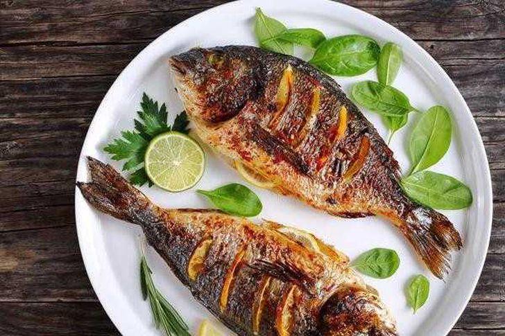 فوائد الأسماك في فقدان الدهون