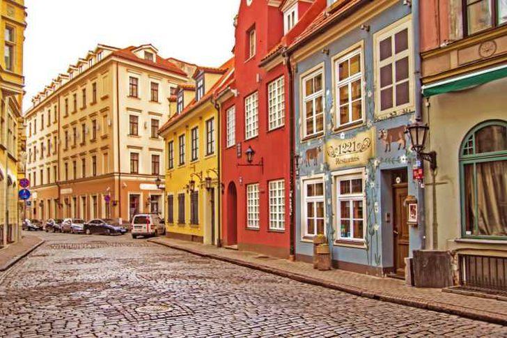 لاتفيا