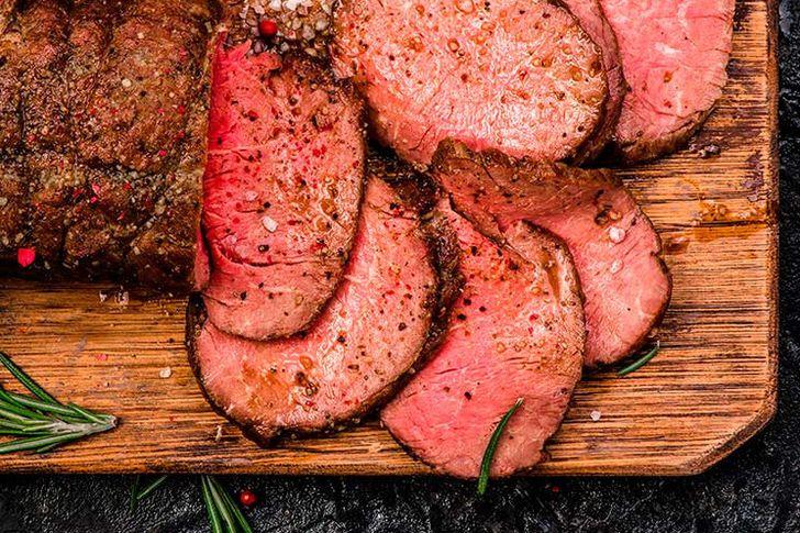 اللحم البقري  وصدور الدجاج تساعدك على فقدان الوزن