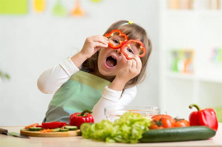 أطعمة مفيدة لصحة العين