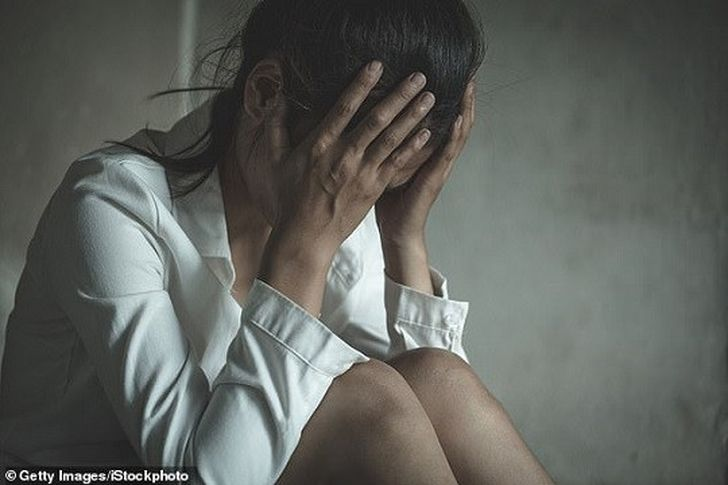 اغتصاب فتاة- صورة أرشيفية