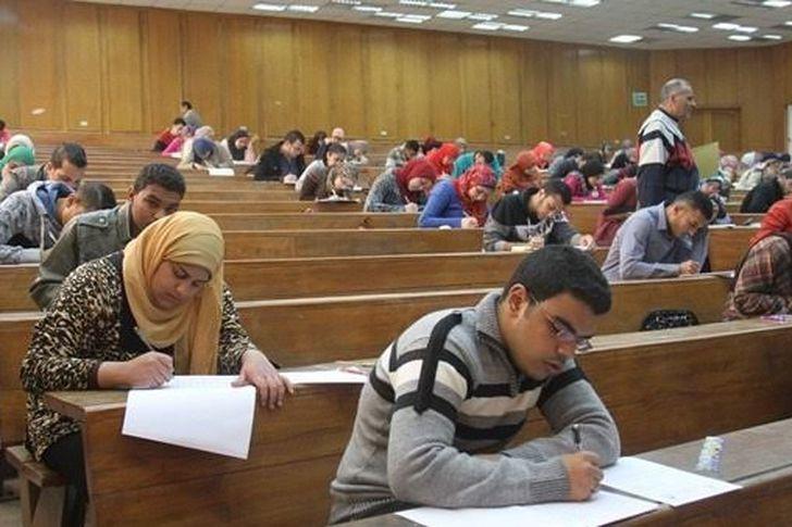 حقيقة تأجيل الامتحانات إلى نهاية العام