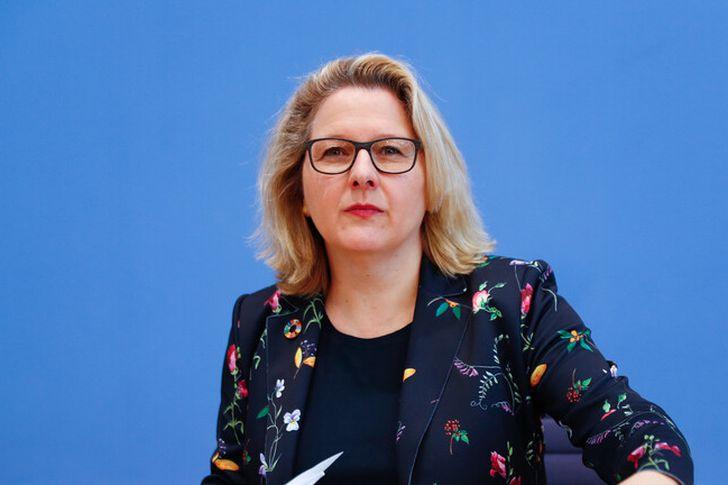 الوزيرة الالمانية