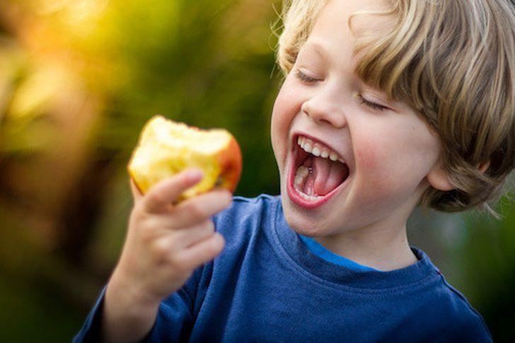 تغذية الأطفال في سن 6 سنوات
