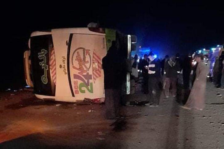 حادث انقلاب اتوبيس سياحي باسوان