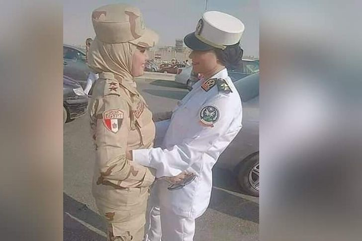 فتاتين من صعيد الأقصر برتبة ملازم أول