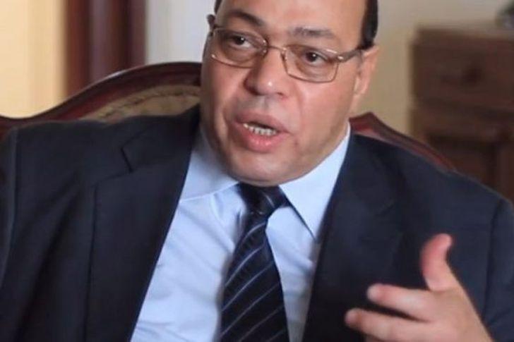 شاطر عبد الحميد وزير الثقافة الأسبق