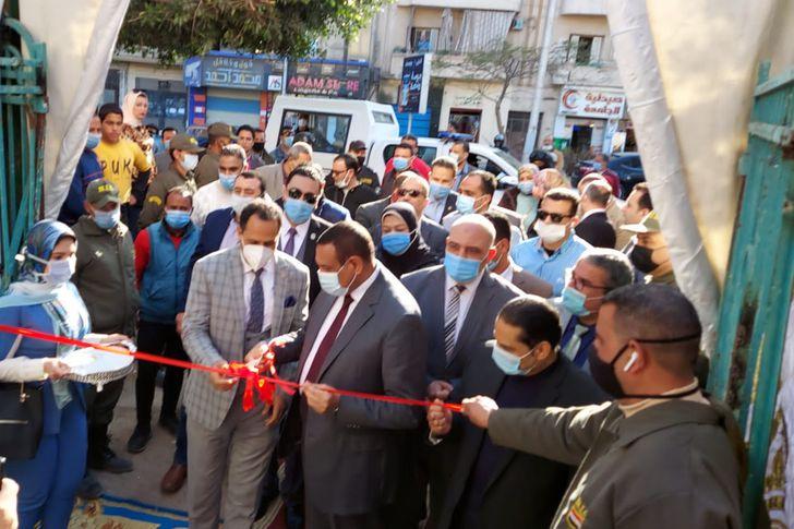 افتتاح معرض جامعة دمنهور للسلع الغذائية