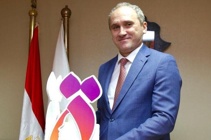 """سفير بيلاروسيا بالقاهرة يدعم حملة """"التاء المربوطة"""""""