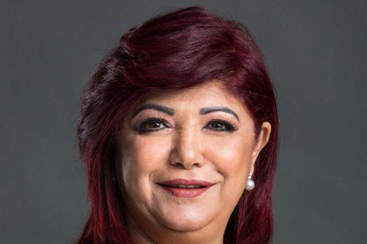 نورا علي رئيس لجنة السياحة بالبرلمان