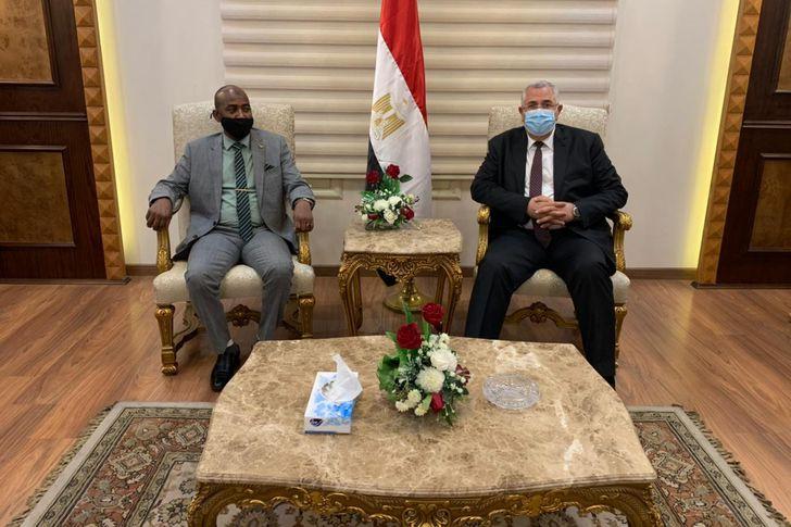 القصير يستقبل وزير الثروة الحيوانية السوداني