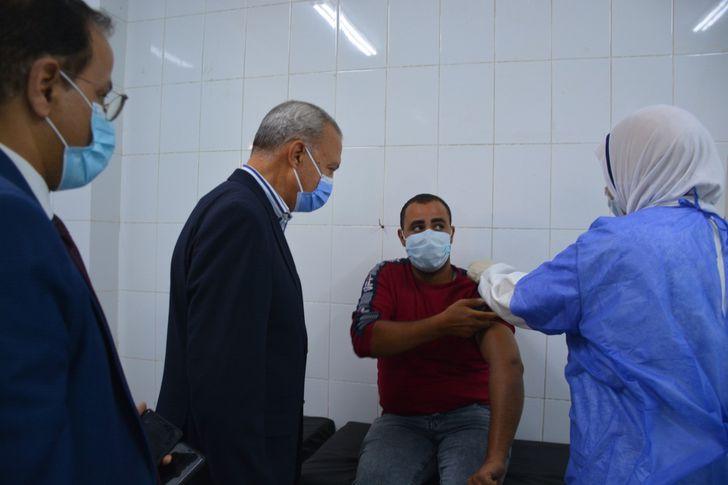 الهجان يتفقد مراكز اللقاح لاستقبال المواطنين للقاح