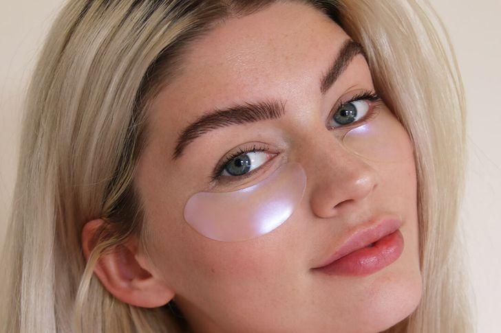 علاج انتفاخات العين والهالات السوداء