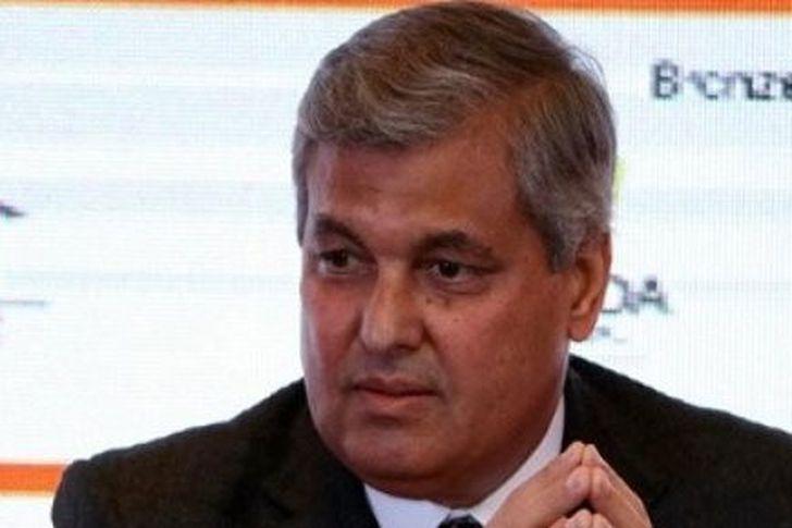 المهندس هشام ابو العطا رئيس الشركة القابضة للتشييد