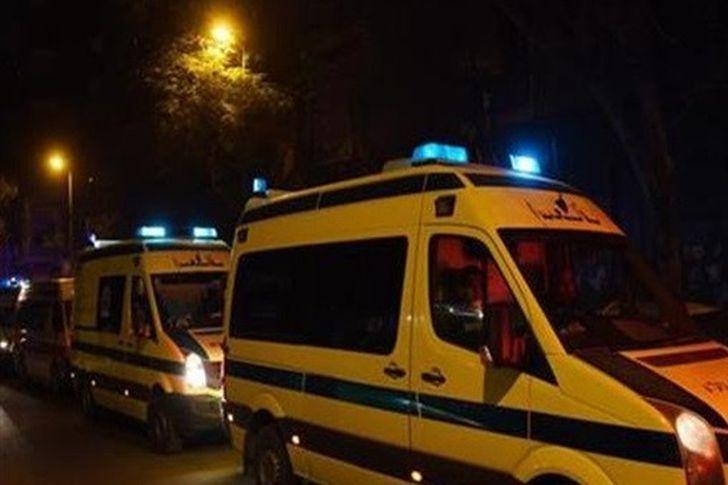 إصابة 4 أشخاص إثر انقلاب سيارة في قنا - صورة أرشيفية