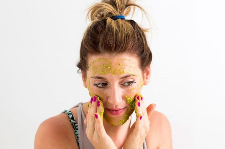 علاج الدهون الزائدة بالبشرة في الصيف