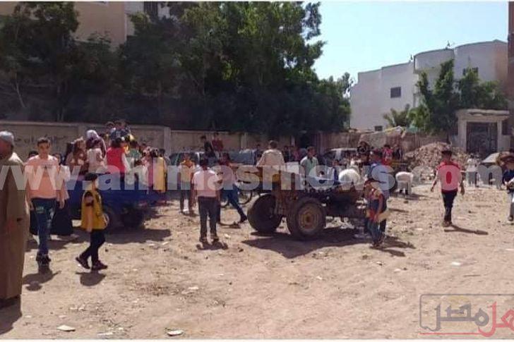 عربات تحمل الأطفال تجوب بهم الشوارع... أبرز مظاهر الاحتفال بعيد الأضحى بكفر الشيخ