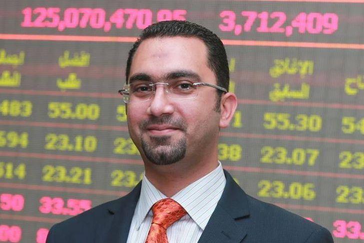 السيد حسين خبير سوق المال