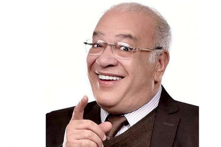 إصابة الفنان صلاح عبد الله بأزمة قلبية