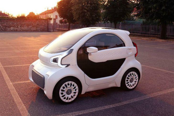 """""""إكس إي في"""" تقدم سيارة كهربائية صغيرة للمدن"""