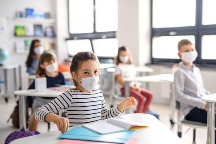 الأطفال في المدارس وكورونا