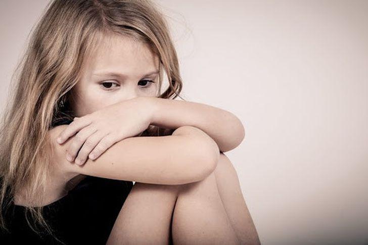 تعرض طفلك لفعل غير اخلاقي