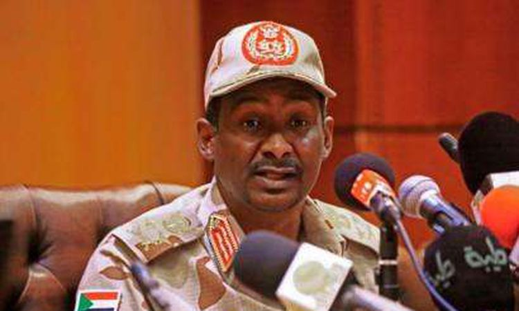"""رئيس المجلس الانتقالي العسكري في السودان، الفريق أول محمد حمدان دقلو، المعروف بـ """"حميدتي"""""""
