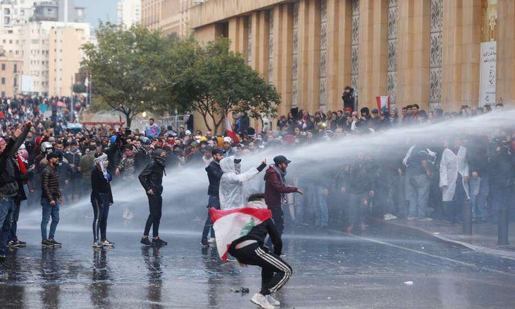 مواجهات بين قوات الأمن اللبنانية والمحتجين