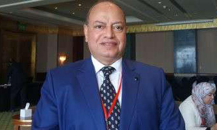 الدكتور محمد علي عز العرب، أستاذ الكبد ومؤسس وحدة أورام الكب