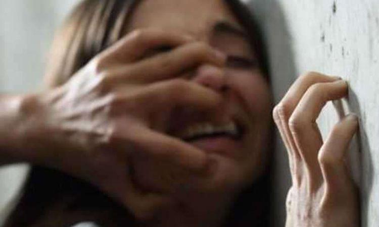 اغتصاب فتاة بعد خطفها من أمام أشهر الفنادق