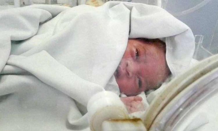 العثور على طفلة حديثة الولادة بأوسيم.. أرشيفية