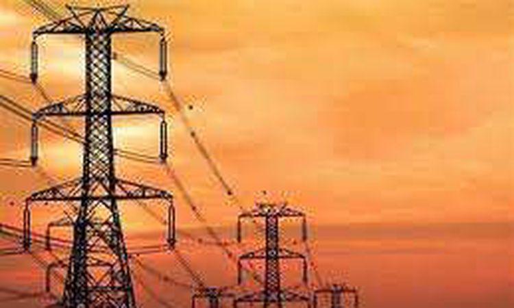 ضوابط وخطوات لابد اتباعها عند عودة التيار الكهرباء بعد انقطاعه