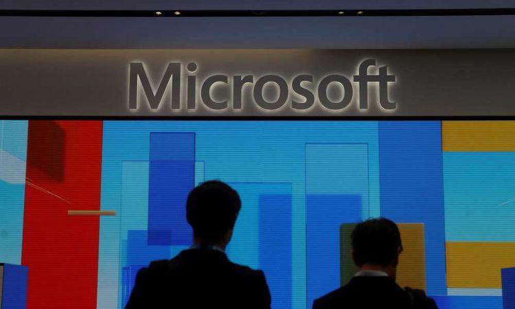 قاضية أمريكية توافق على طلب أمازون وقف عقد بين البنتاجون ومايكروسوفت