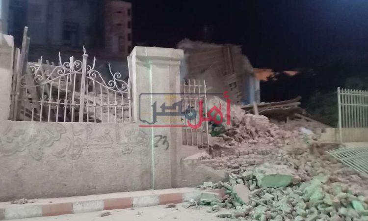انهيار قصر مكرم عبيد أثناء حظر التجوال بقنا